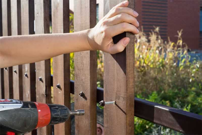 5 Tips for Building a Fence