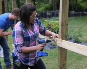 5 tips for building a fence - DIY fence