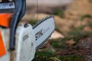 Factors to Consider in Buying the Right Chainsaw Chain