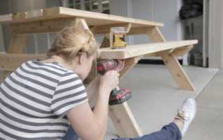 Tips for Completing that Big Project - DIY garden table
