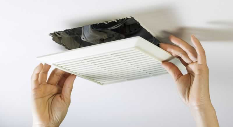5 Easy Ways To Reduce Indoor Air Pollution - cleaning AC vents