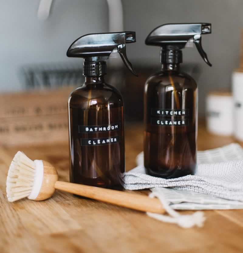 5 Kitchen Cleaners You Can Do at Home - glass cleaner