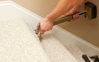 How to install carpet on stairs - laying the carpet