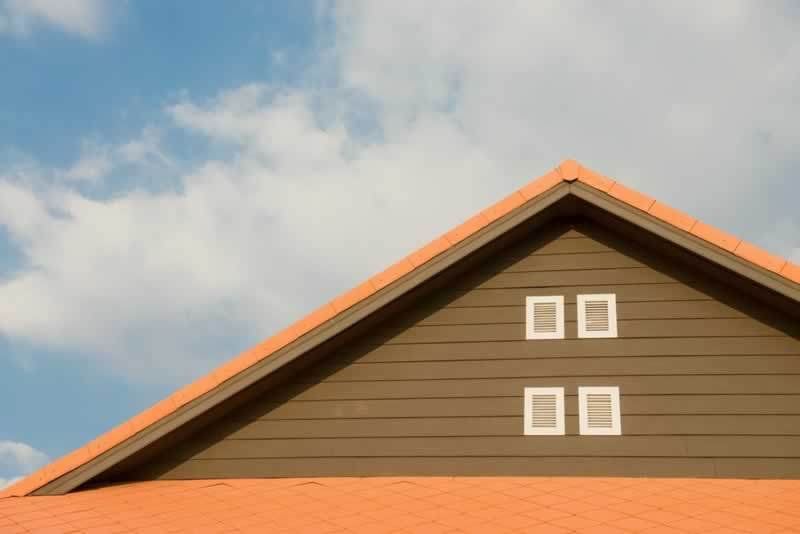 Is That a Roof Leak How to Find the Best Roofing Company