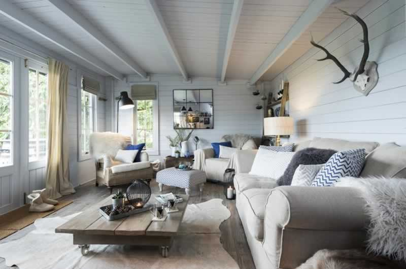 5 Creative Decorating Ideas For Your Summer House Handyman Tips