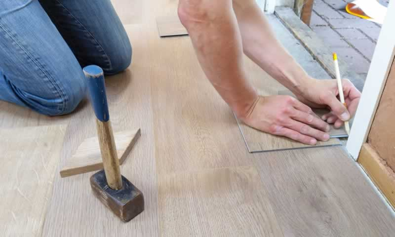 How to Make a Quick Reno for Your Floors - vynil floor