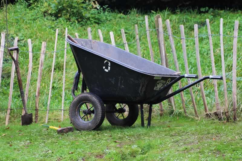 Buying Guide for Powered Wheelbarrows - cargo volume