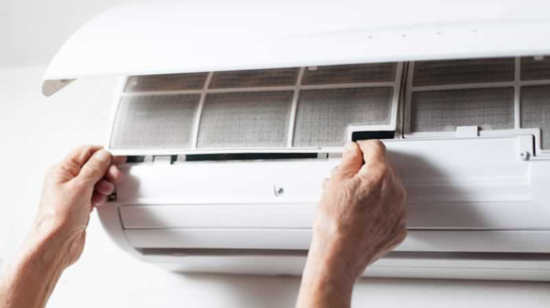 Crucial Air Conditioner Maintenance Tips for a Cool Summer House