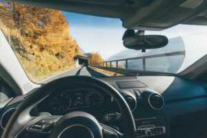 Signs It's Time for Windshield Replacement