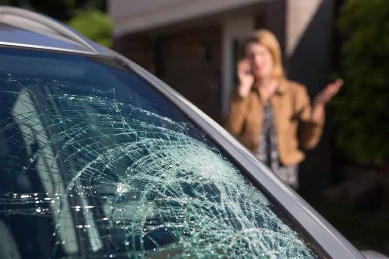 Signs It's Time for Windshield Replacement - cracked windshield