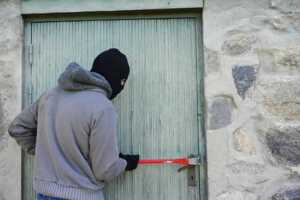 Easy and Effective DIY Home Security Hacks