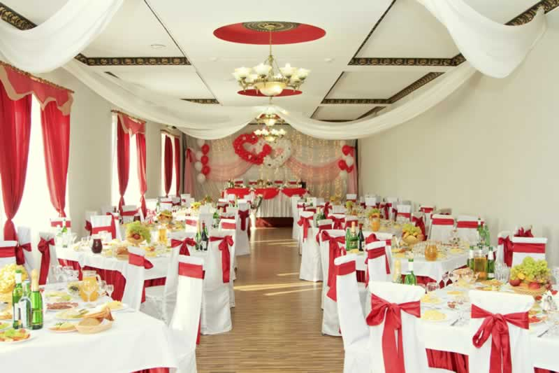 How to decorate a venue on a budget