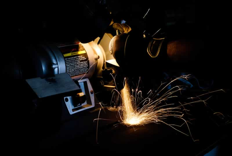 How to Choose the Right Wheel for Your Bench Grinder