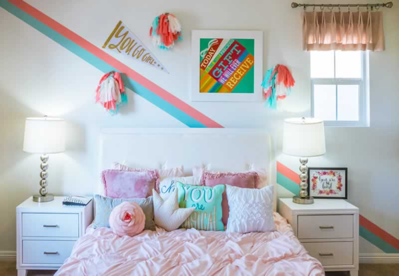 Make Your Bedroom a Chic Twist Thru These Design Tips - modern bed