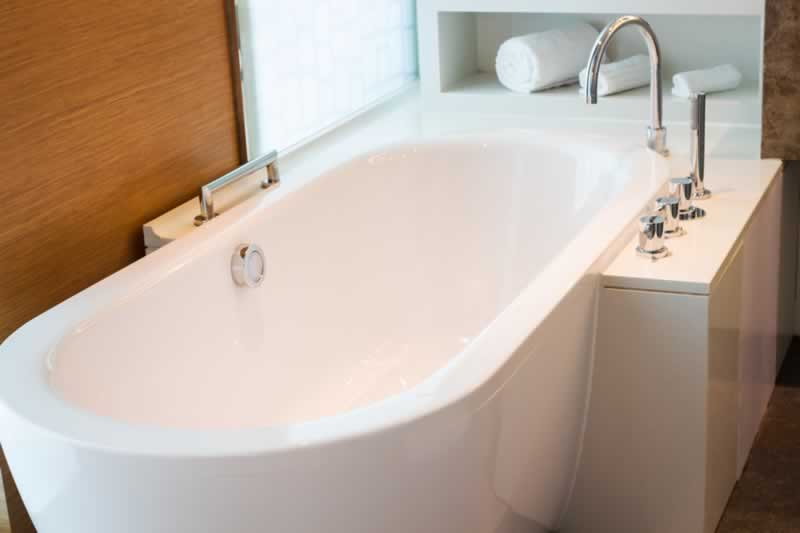 Replacing Your Bathtub When is it Time to Get a New One