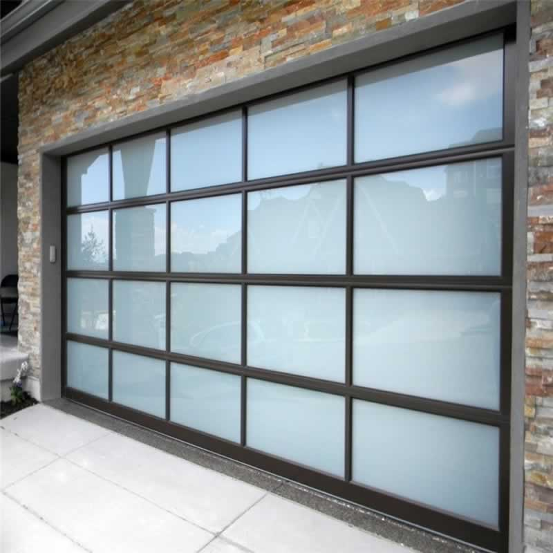 Some Brilliant Uses of Plexiglass in Home Interior & How to Clean Plexiglass
