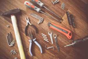 10 Must Have Tools for DIY Home Repairs and Maintenance