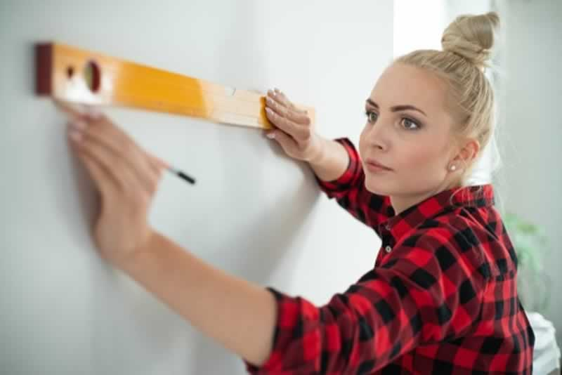 12 Home Tools Every Woman Should Own