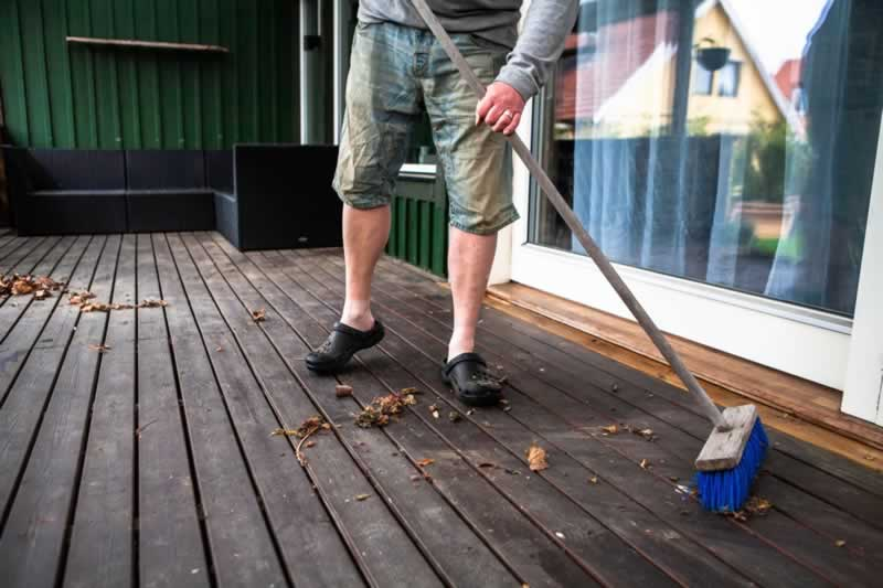 7 Essential Patio Cleaning and Maintenance Tips
