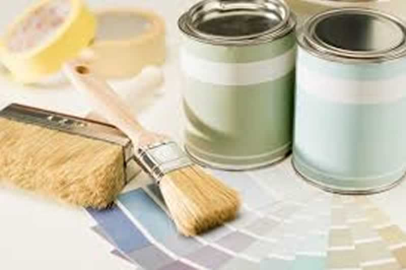 A Look Into The Top Paint Tips When It Comes Time To Paint Your House - paints and brushes