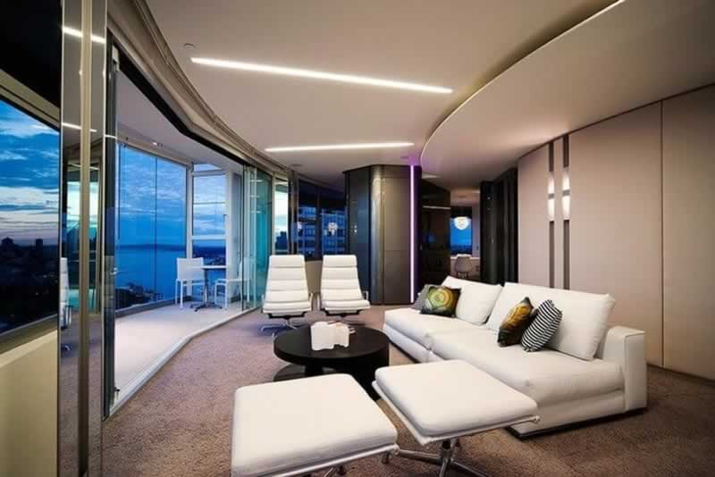 Can You Get A Luxury Mansion Feeling On A Budget - living room