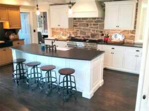 Updating Kitchen Cabinets on a Dime