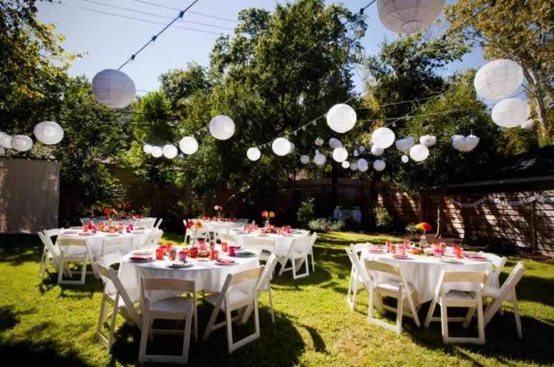 7 Easy steps to plan a perfect garden party - tables