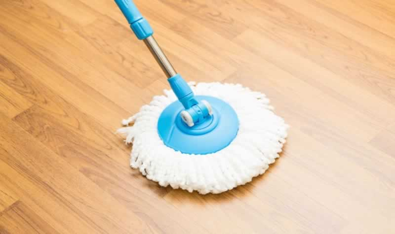 Cleaning Mistakes That will Ruin Your Hardwood Floors - mop