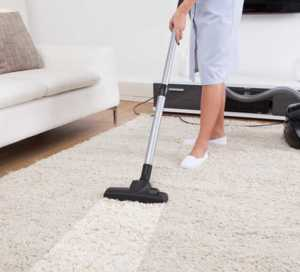 Here Is Why You Should Hire A Professional House Cleaning Service - carpet cleaning