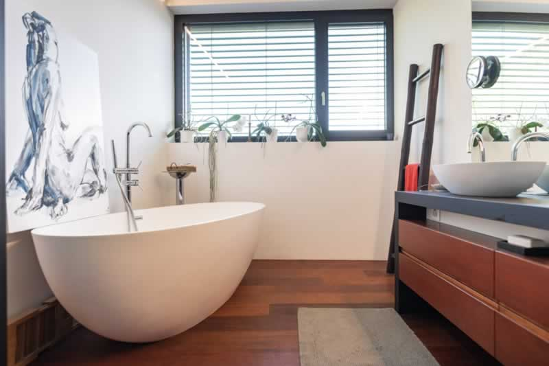 Home Remodeling Trends with Incredible Chic Factor - bathroom