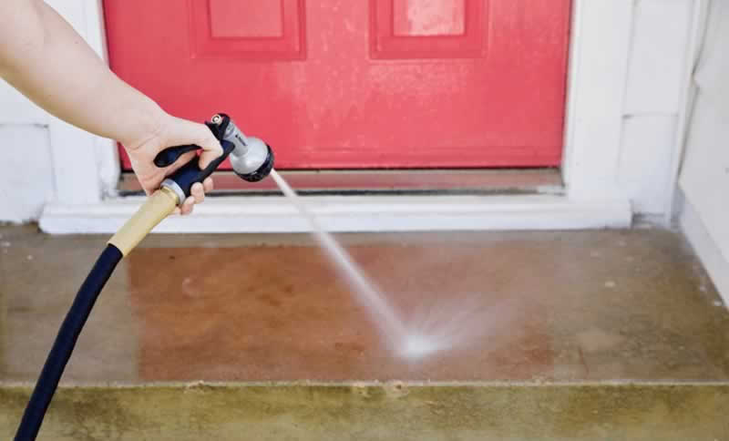 How can you make your concrete clean again - washing