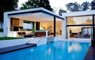 A Beginner's Guide to Properly Maintaining Your Swimming Pool - clean swimming pool