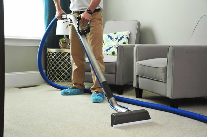 Benefits of Professional Carpet Cleaning - professional vacuum