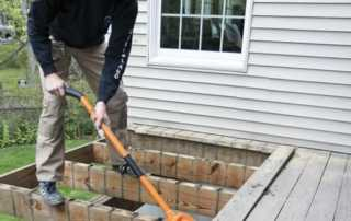 How to demolish a timber deck - deck demolition tool