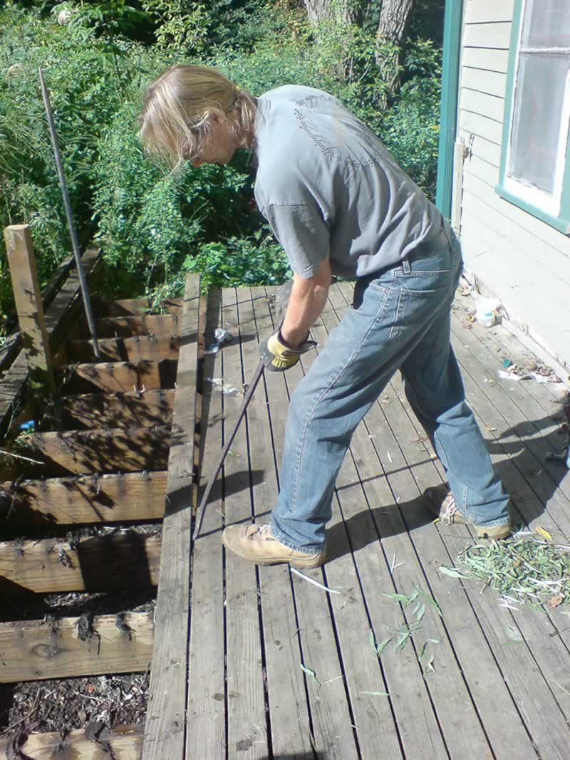 How to demolish a timber deck