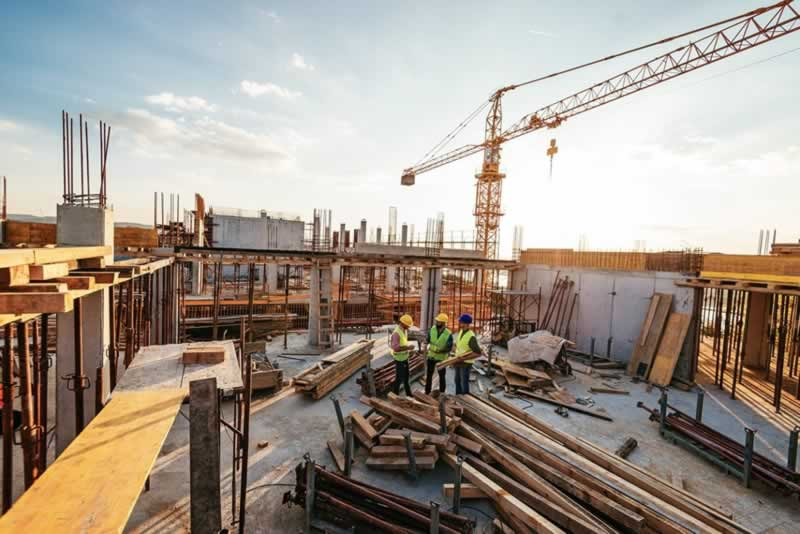 4 Tips for Sourcing Construction Materials - construction site
