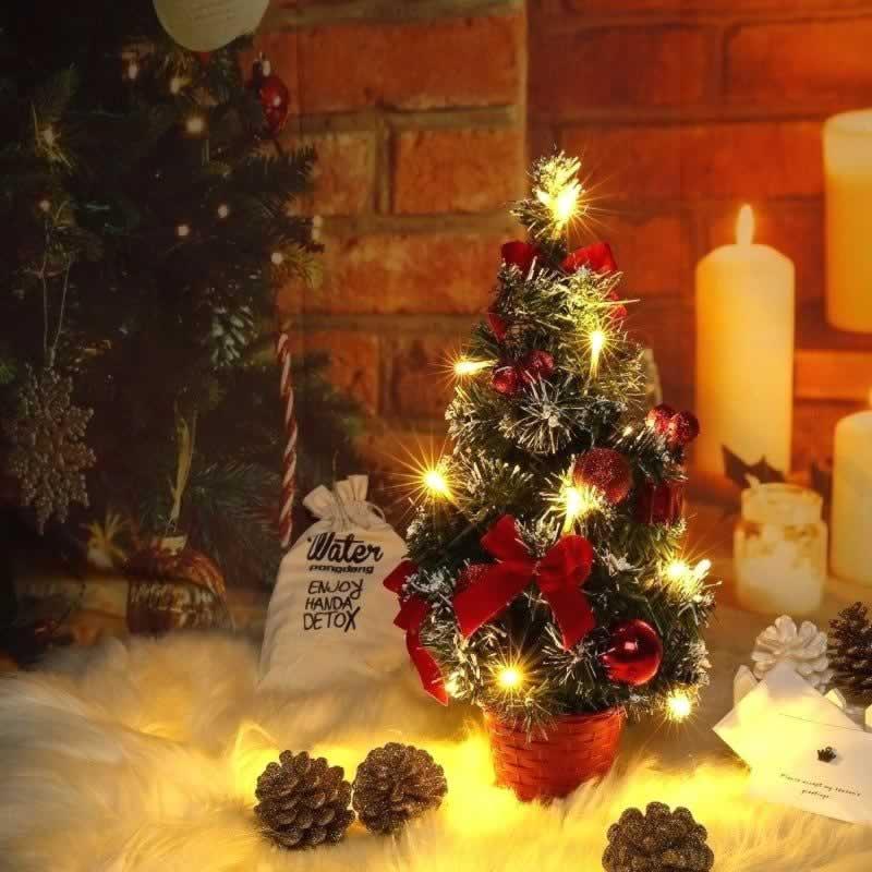 Holiday Decorating Hacks - mini Christmas tree