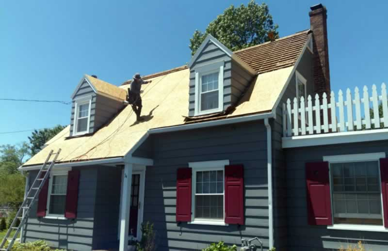 How to Get a New Roof Paid for by Insurance