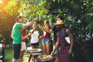 How to Have a Perfect Backyard BBQ Party - drinks