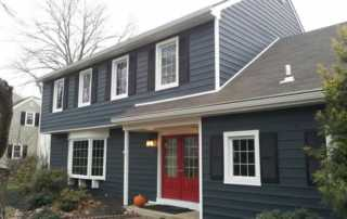 Is Vinyl Siding Right For Your House - traditional house