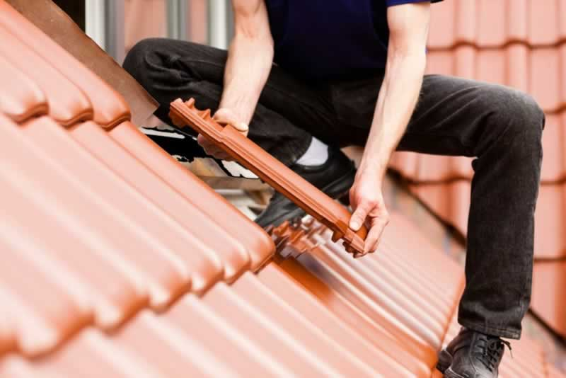 Steps To Take Before Replacing Your Roof - DIY