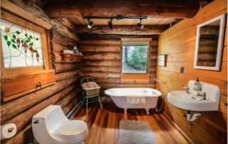 HOW TO FIND AN IDEAL BATHROOM FITTER - cottage bathroom