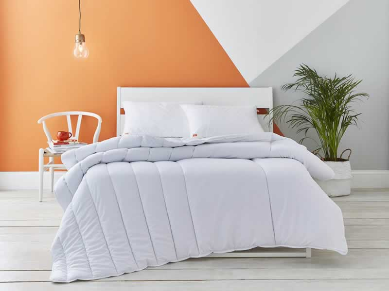 How to Choose the Best Bedding for Cold Winter Nights - chic bedding
