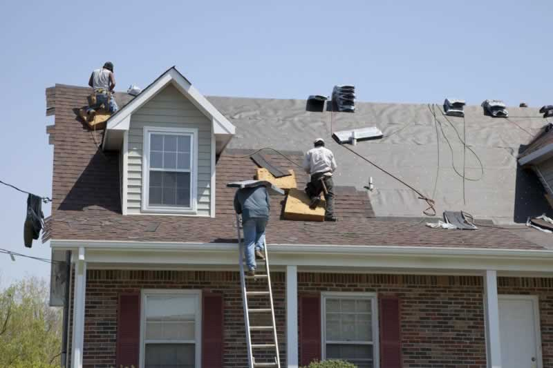 Seven Warning Signs Your Roof Needs to Be Replaced