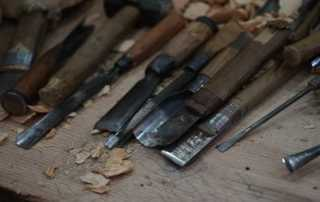 5 Essential Woodworking Tools for Carpentry - chisels