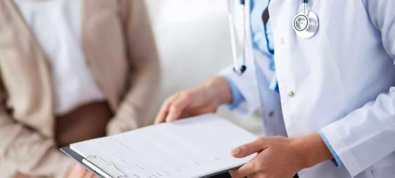 Health Signs of Asbestos Exposure - doctor