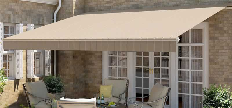 How to Choose the Best Color for Your Retractable Awning - patio