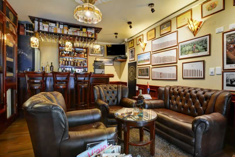 Interior Must-Haves for the Cigar Room of Your Dreams - great cigar room