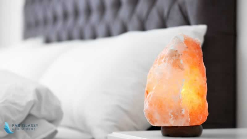 DO SALT LAMPS HELP IN IMPROVING SLEEPING PATTERN