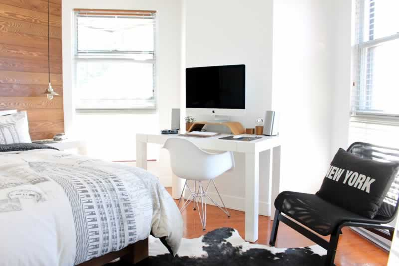 How to Furnish Your Dorm Room